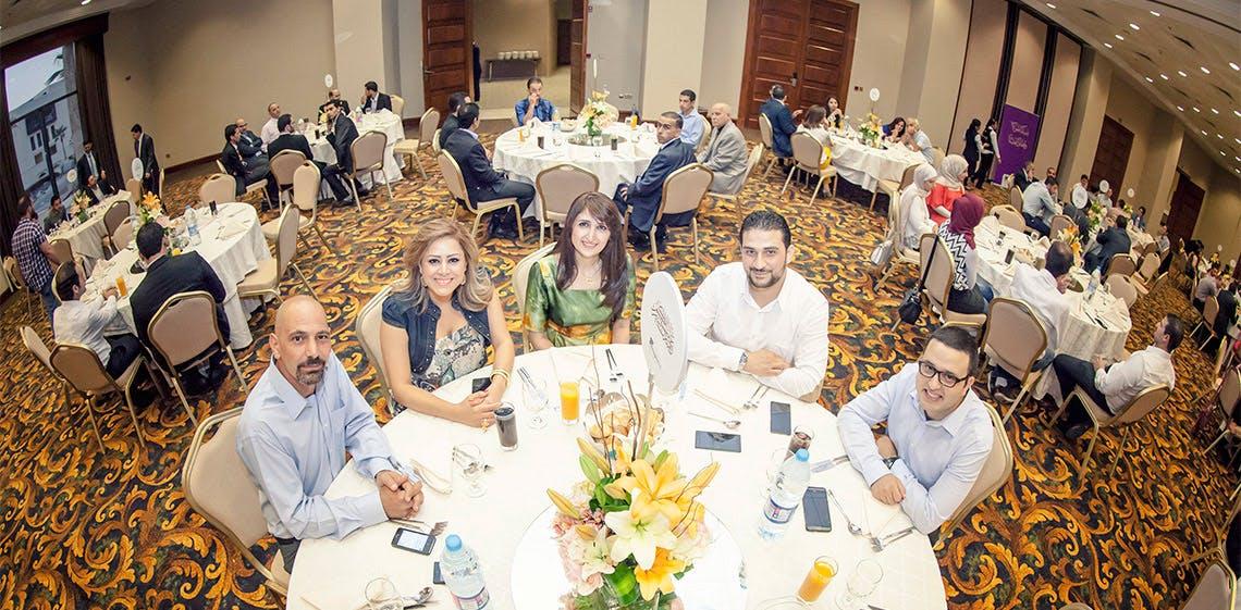 ProgressSoft veranstaltet jährliches Iftar (Fastenbrechen) am tiefsten Punkt der Erde