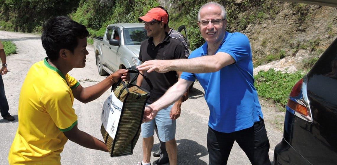 ProgressSoft и Integrated Solutions Ltd. помогают пострадавшим от землетрясения в Непале