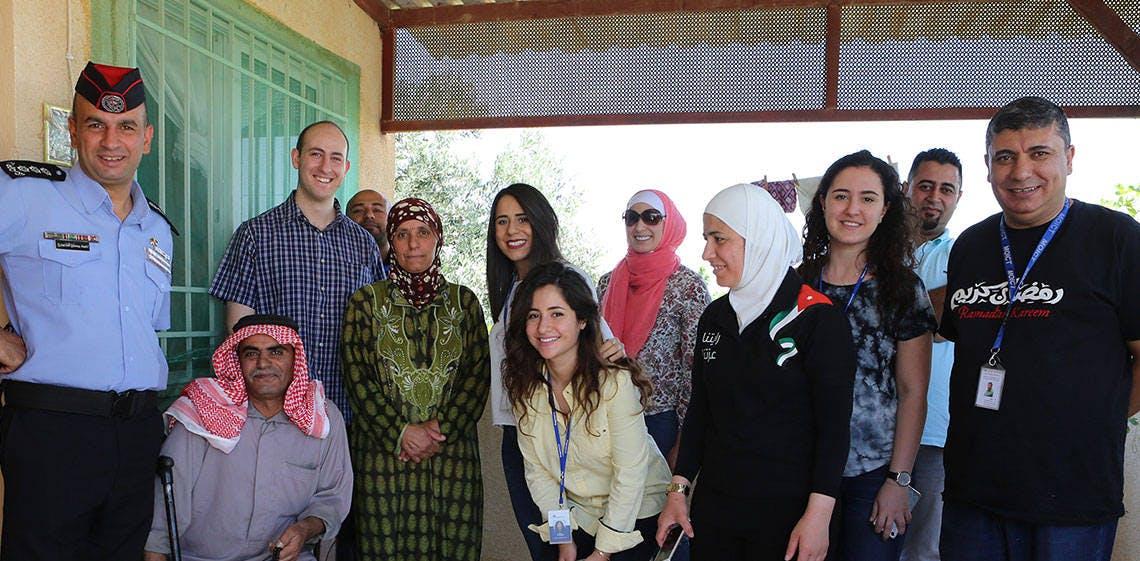 Pour la 3ème année consécutive, ProgressSoft et le Ministère de l'information et des technologies de communication distribuent des colis humanitaires aux familles dans le besoin