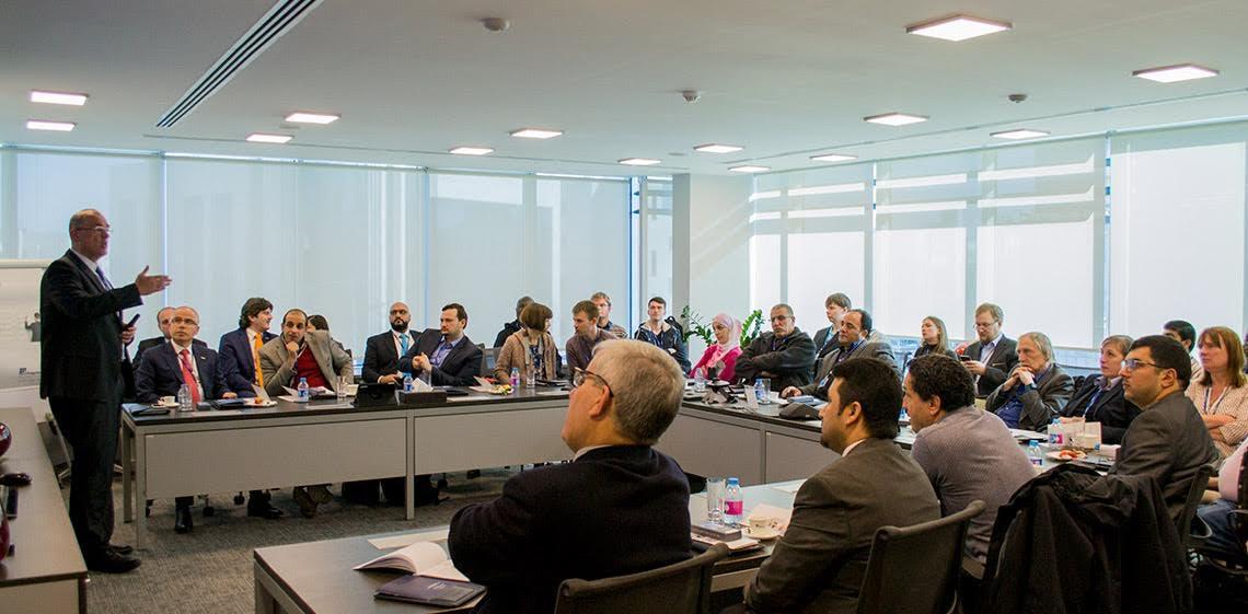 Une délégation internationale de professeurs en ingénierie logicielle en visite dans les locaux de ProgressSoft