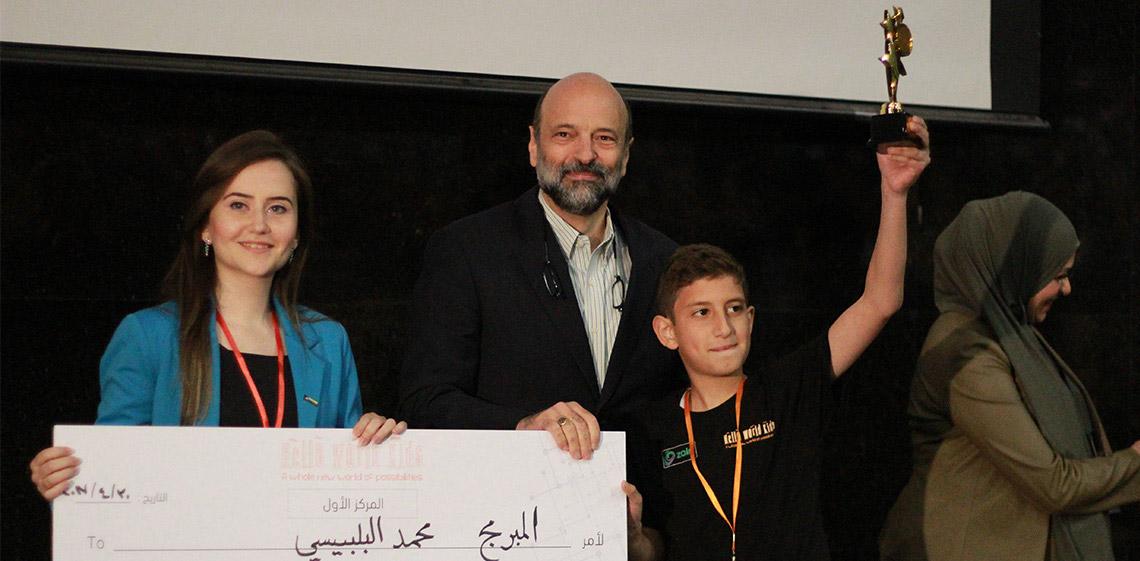 ProgressSoft 與小聯盟編程大賽的獲獎者一起慶祝