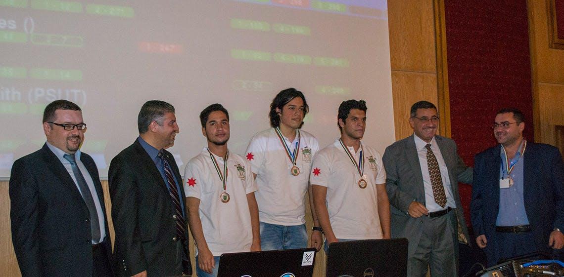ProgressSoft Patrocinador Platino de la Universidad de Jordania Concurso de Programación Colegiada ACM